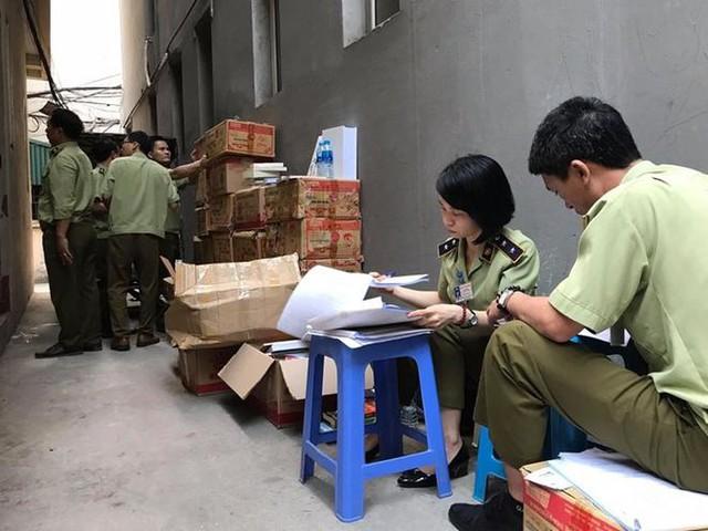 Phát hiện hơn 12.000 cuốn sách in lậu - Ảnh 1.
