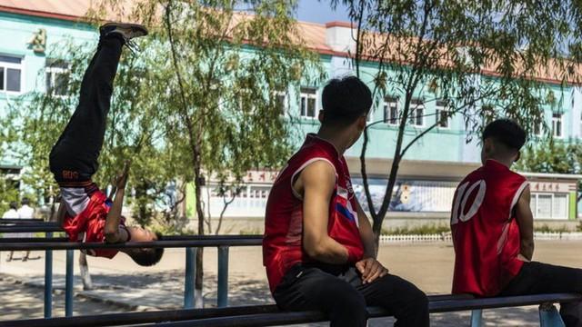 Chùm ảnh: Cuộc sống của thế hệ trẻ lớn lên ở Triều Tiên - Ảnh 12.