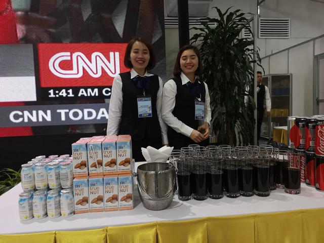 Hà Nội tiếp đón phóng viên đưa tin Hội nghị Thượng đỉnh Mỹ - Triều bằng những đặc sản thủ đô nào? - Ảnh 15.