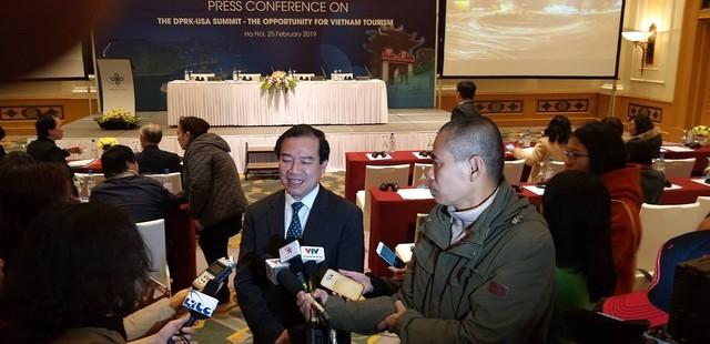 Việt Nam lọt top những điểm đến đầu tiên năm 2019 - Ảnh 1.