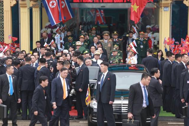 [ẢNH] Toàn cảnh buổi tiếp đón nhà lãnh đạo Triều Tiên Kim Jong Un tại ga Đồng Đăng - Ảnh 12.