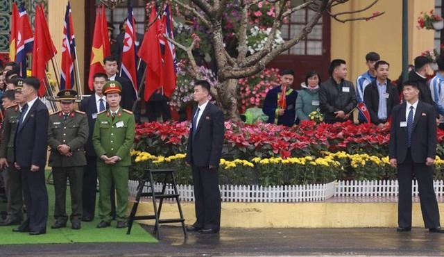 [ẢNH] Toàn cảnh buổi tiếp đón nhà lãnh đạo Triều Tiên Kim Jong Un tại ga Đồng Đăng - Ảnh 3.