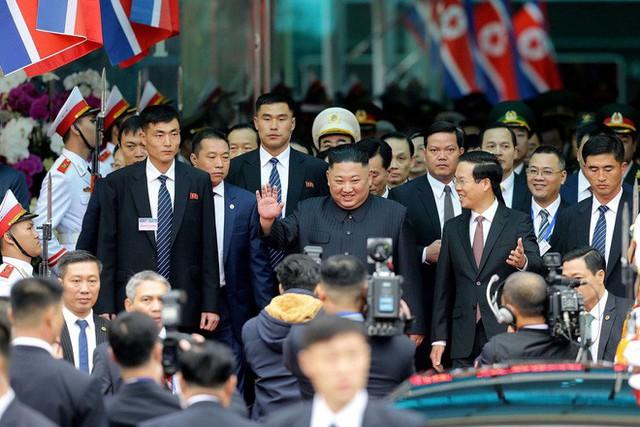 [ẢNH] Toàn cảnh buổi tiếp đón nhà lãnh đạo Triều Tiên Kim Jong Un tại ga Đồng Đăng - Ảnh 10.