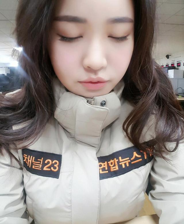 Nữ phóng viên Hàn gây sốt mạng xã hội Việt: Xinh đẹp tài năng, từng thi Hoa hậu - Ảnh 14.
