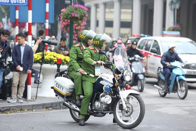 Lực lượng an ninh Việt Nam dày đặc bảo vệ khách sạn Metropole - địa điểm tổ chức thượng đỉnh Mỹ-Triều - Ảnh 4.