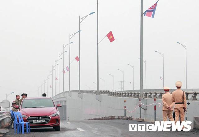 Ảnh: Quảng Ninh thắt chặt an ninh chào đón đoàn Triều Tiên thăm vịnh Hạ Long - Ảnh 5.
