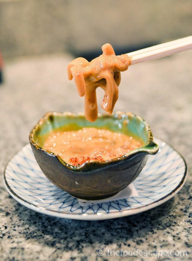Tiết kiệm đẳng cấp người Nhật: Ăn từ lá khô đến ruột cá, không bỏ thứ gì! - Ảnh 9.