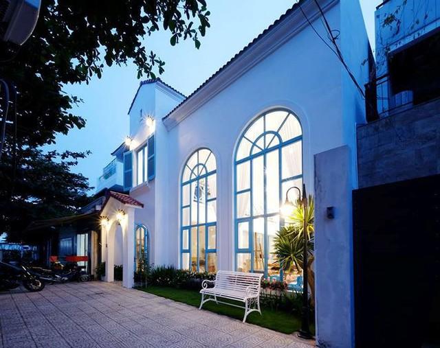 Nhà 2 tầng đẹp như vườn cổ tích ở Đà Nẵng - Ảnh 1.