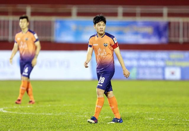 Cầu thủ Việt và chuyện xuất ngoại: Đừng sợ sệt, hãy xách vali lên và đi khám phá bóng đá 4 phương trời - Ảnh 6.