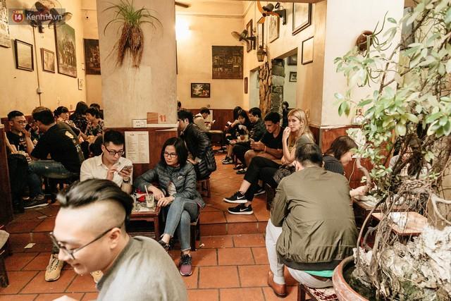Ông chủ phục vụ 3.000 cốc cà phê trứng Giảng: Hà Nội không quyết định được thành - bại của thượng đỉnh, chỉ là đối đãi bạn bè quốc tế thật tốt - Ảnh 2.