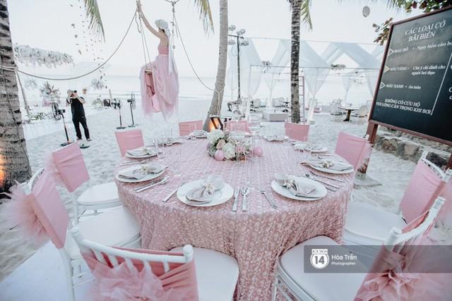 Chùm ảnh: Những khoảnh khắc ấn tượng nhất trong hôn lễ chính thức của cặp đôi tỷ phú Ấn Độ bên bờ biển Phú Quốc - Ảnh 11.