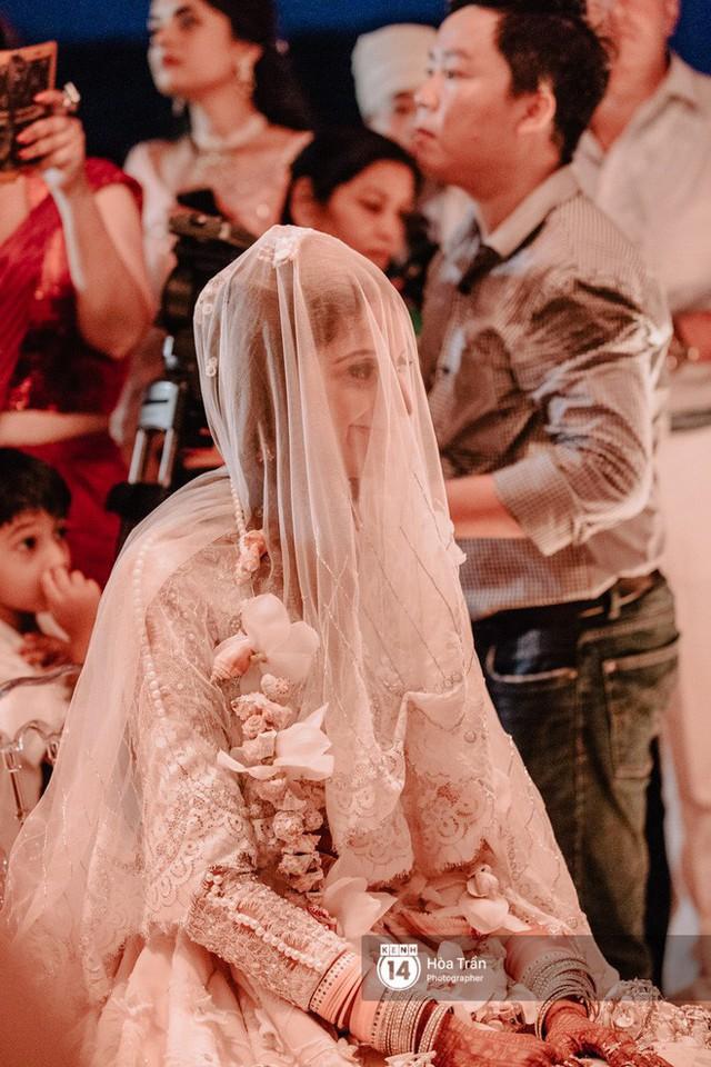 Chùm ảnh: Những khoảnh khắc ấn tượng nhất trong hôn lễ chính thức của cặp đôi tỷ phú Ấn Độ bên bờ biển Phú Quốc - Ảnh 20.
