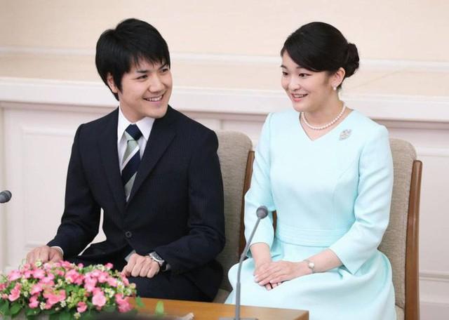Mako nàng công chúa Nhật Bản: Rời hoàng tộc vì tình yêu, chấp nhận chờ hoàng tử trả nợ xong mới cưới - Ảnh 11.