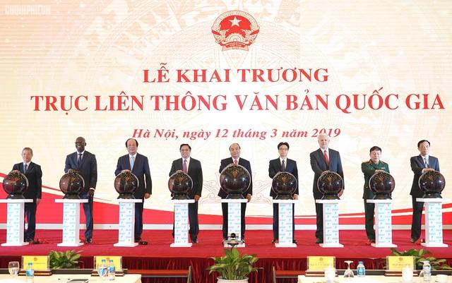 Cơ quan nhà nước không giấy tờ văn bản, mỗi năm Việt Nam tiết kiệm được trên 1.200 tỷ đồng - Ảnh 1.
