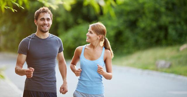 Luyện thói quen tập thể dục càng sớm thì tuổi thọ càng kéo dài: Dù thanh niên hay trung niên, không bao giờ là quá muộn để bắt đầu bảo vệ sức khỏe - Ảnh 1.