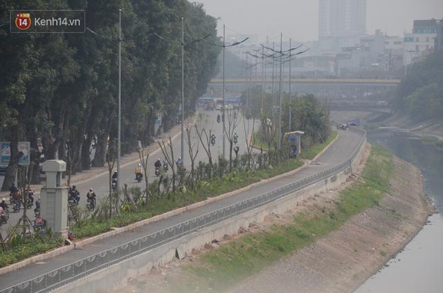 Hà Nội: Cận cảnh tuyến đường dài 4km cạnh sông Tô Lịch chỉ dành cho người đi bộ và xe đạp - Ảnh 10.