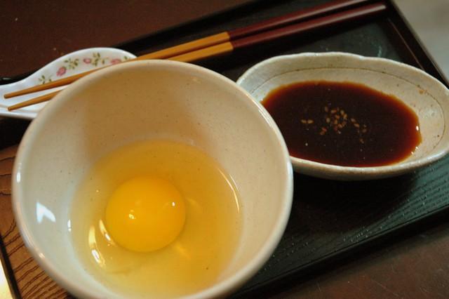 Trứng gà Nhật Bản có gì thần thánh mà lại có loại lên đến 100k/quả? - Ảnh 2.