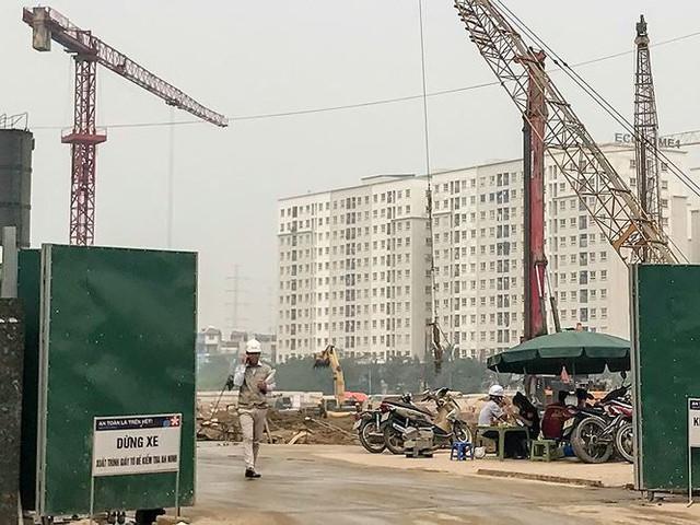 Cận cảnh dự án nhà xã hội chưa mở bán đã rầm rộ thu tiền chênh - Ảnh 2.