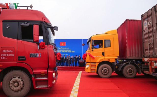 Chính thức thông quan cầu Bắc Luân II nối Việt Nam - Trung Quốc - Ảnh 5.