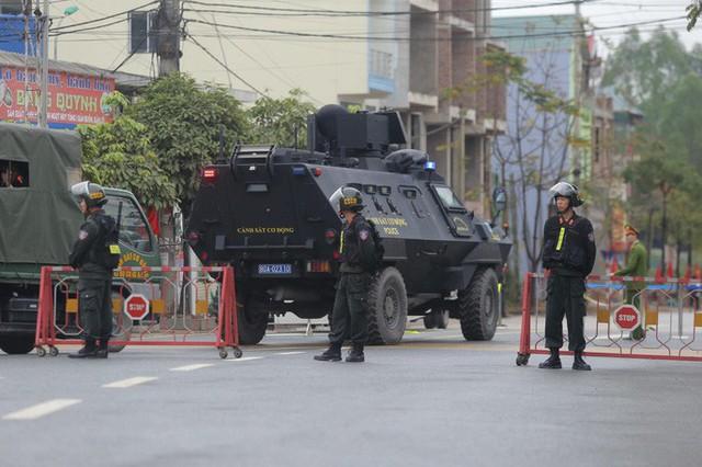 Cận cảnh dàn xe bọc thép tại ga Đồng Đăng trước giờ Chủ tịch Kim Jong-un rời Việt Nam  - Ảnh 10.