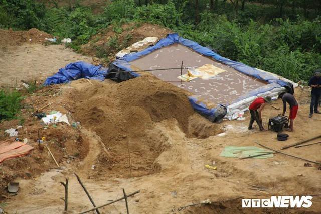 Hình ảnh điêu tàn ở thủ phủ vàng Bồng Miêu - Ảnh 4.