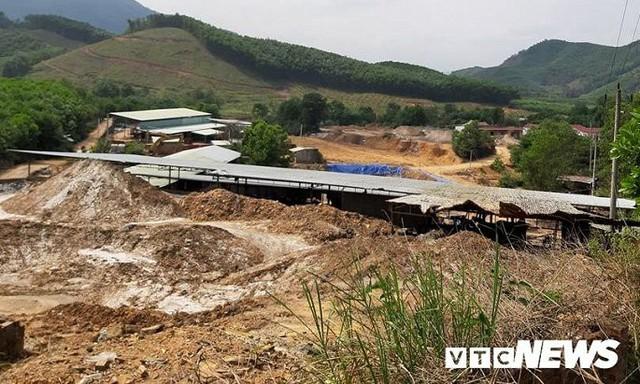 Hình ảnh điêu tàn ở thủ phủ vàng Bồng Miêu - Ảnh 7.