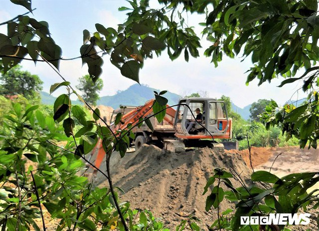 Hình ảnh điêu tàn ở thủ phủ vàng Bồng Miêu - Ảnh 9.