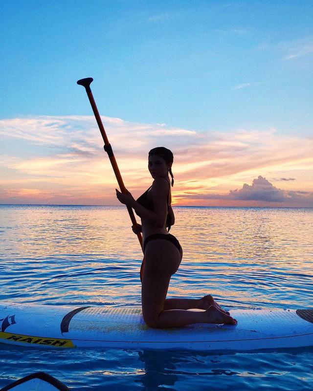 Loạt sở thích du lịch đúng chuẩn quăng tiền ra cửa sổ của Kylie Jenner - nữ tỷ phú tự thân trẻ nhất thế giới - Ảnh 12.