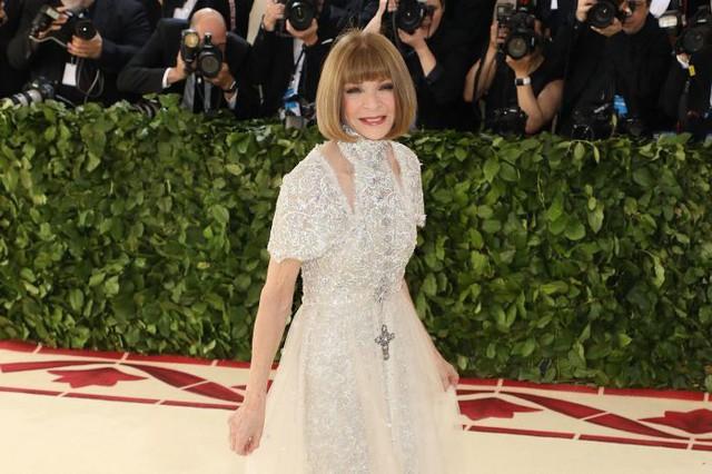 Tổng biên tập tạp chí Vogue tiết lộ lỗi trang phục phổ biến gây ảnh hưởng đáng kể tới khả năng thành công của buổi phỏng vấn xin việc: Hoá ra là chính mình luôn tốt nhất! - Ảnh 1.