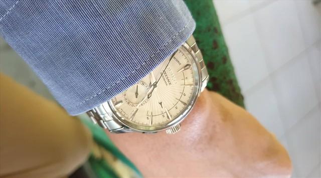 500 chiếc đồng hồ thương hiệu Rolex, Tissot nghi làm giả - Ảnh 1.