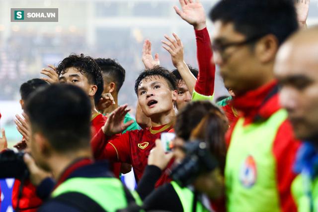 Sau thanh kiếm lệnh được trao cho thầy Park, là tham vọng thực sự của bóng đá Việt Nam - Ảnh 2.