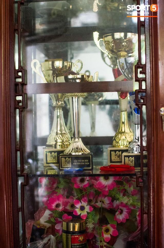 Hành trình từ người thừa trở thành người hùng của tiền vệ U23 Việt Nam qua những kỷ vật vô giá - Ảnh 9.