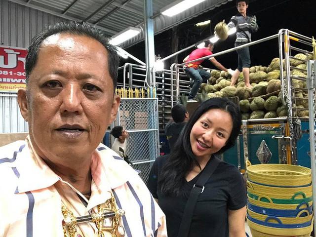 Chủ vựa sầu riêng Thái Lan chi 7 tỷ đồng kén rể, chỉ yêu cầu chăm chỉ và biết chọn sầu riêng ngon - Ảnh 4.