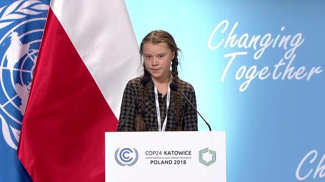 Cô bé Thuỵ Điển 16 tuổi kêu gọi bảo vệ môi trường, chỉ trích các nguyên thủ quốc gia với từ ngữ đanh thép: Các vị không đủ trưởng thành để nói về việc xây dựng kinh tế xanh, bỏ mặc các vấn đề cho thế hệ sau gánh vác - Ảnh 1.