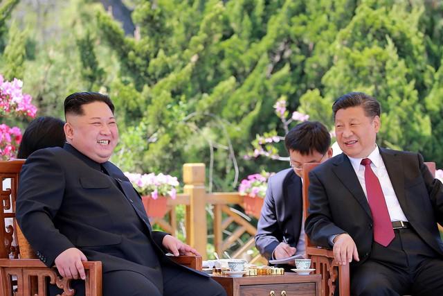 Nikkei: Trung Quốc giữ khoảng cách với Triều Tiên để tập trung đàm phán với Hoa Kỳ - Ảnh 1.