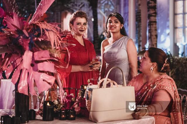 Cặp đôi tỷ phú Ấn Độ lộng lẫy cùng các khách mời đại gia vào đêm tiệc Pink Party đầu tiên ở Phú Quốc - Ảnh 14.