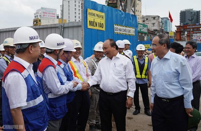 Thủ tướng thị sát dự án tuyến metro đầu tiên của TPHCM - Ảnh 1.