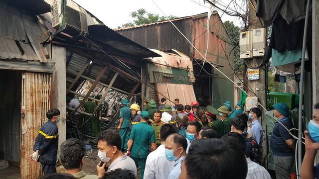 Khởi tố vụ cháy xưởng sản xuất thùng rác làm 8 người chết ở Trung Văn, Hà Nội - Ảnh 1.