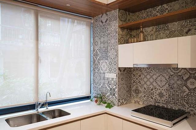Căn hộ cũ ẩm thấp lột xác khó tin nhờ nội thất 150 triệu đồng - Ảnh 5.