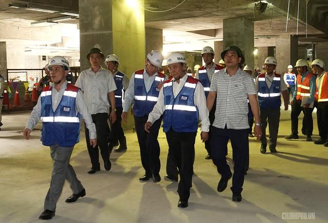 Thủ tướng thị sát dự án tuyến metro đầu tiên của TPHCM - Ảnh 5.