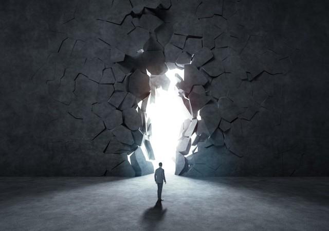 Không dám bước ra khỏi vùng an toàn, bạn đang khiến cuộc sống của chính mình lụi tàn dần: Lựa chọn sự thoải mái, ổn định là chấp nhận cảnh đời tầm thường, muôn đời cũng không có cơ hội thành công - Ảnh 2.