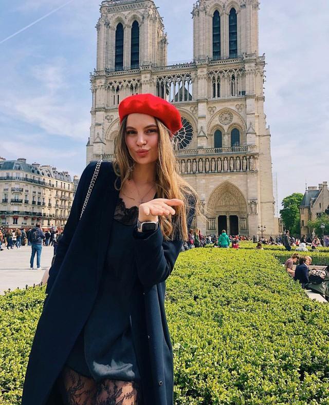 Trước khi sụp đổ một phần vì vụ cháy chấn động, Nhà thờ Đức Bà ở Paris từng là biểu tượng bình yên của cả nước Pháp - Ảnh 17.
