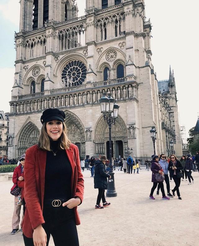 Trước khi sụp đổ một phần vì vụ cháy chấn động, Nhà thờ Đức Bà ở Paris từng là biểu tượng bình yên của cả nước Pháp - Ảnh 18.
