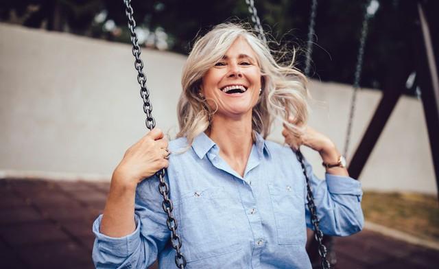 Hãy gắn chặt với 7 thói quen được khoa học chứng minh này nếu bạn muốn sống khỏe mạnh dù ở bất kỳ độ tuổi nào: Hóa ra suối nguồn thanh xuân luôn tồn tại trong chính mỗi người - Ảnh 4.