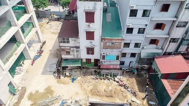 Vụ nhà nứt toác cạnh dự án chung cư: Dân kêu, chủ đầu tư chỉ hứa hẹn - Ảnh 4.