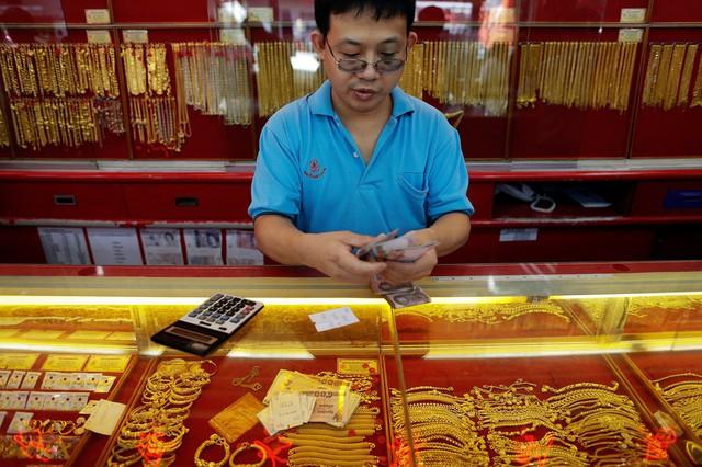 10 nước dự trữ vàng nhiều nhất thế giới - Ảnh 5.