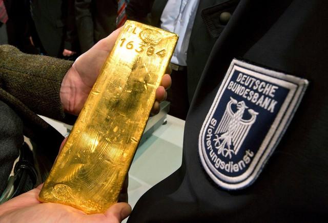 10 nước dự trữ vàng nhiều nhất thế giới - Ảnh 9.
