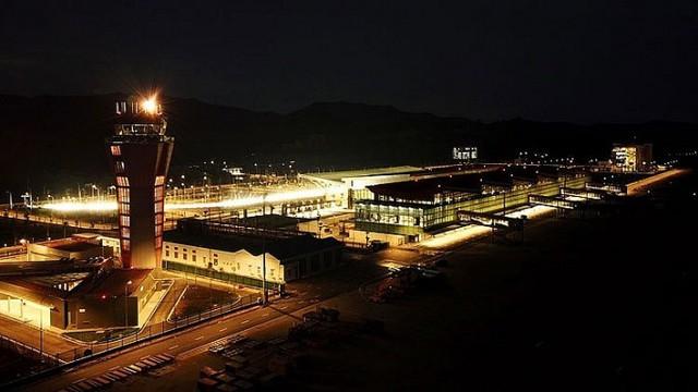 Quảng Ninh: Sân bay Vân Đồn chuẩn bị đón chuyến bay quốc tế đầu tiên - Ảnh 1.