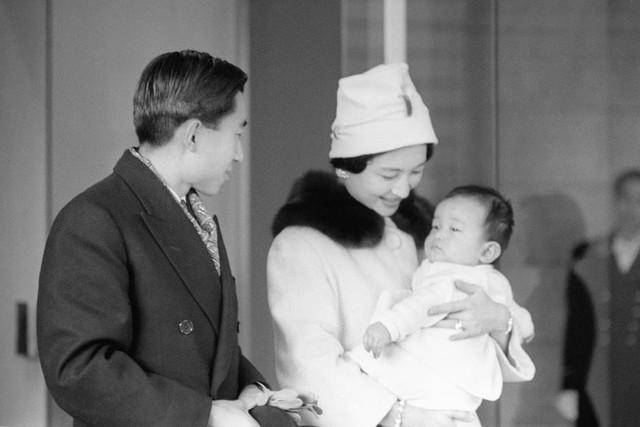 Hành trình 85 năm đi cùng nước Nhật của Nhật hoàng Akihito - Ảnh 13.