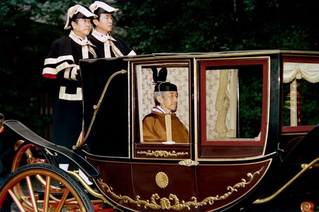 Hành trình 85 năm đi cùng nước Nhật của Nhật hoàng Akihito - Ảnh 17.